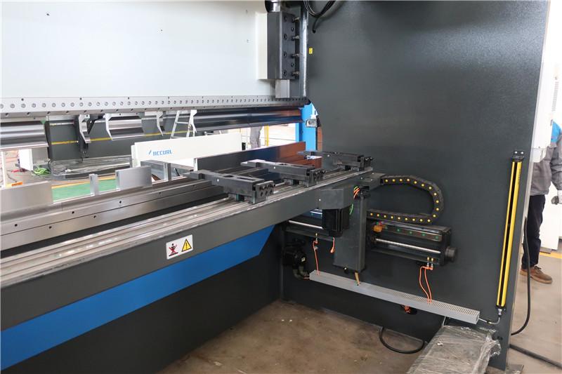 X සහ R-Axis CNC Backgauge සඳහා BGA-4